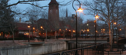 Nightfall in downtown Battle Creek